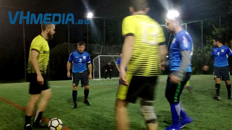 "ФК ""Бургас футбол"" стартира с равенство, награда и двама отличени"