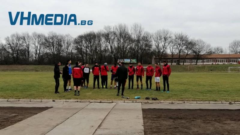 """ОФК """"Карнобат"""" започна подготовка с мисъл за оставане в Трета дивизия"""