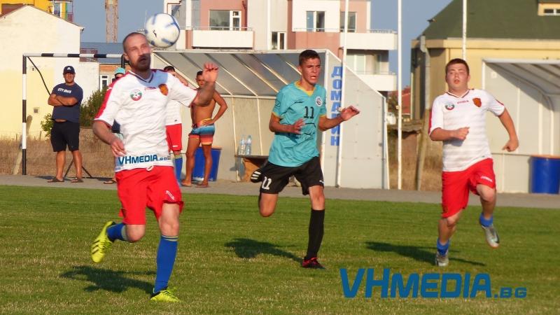 """""""Кошарица"""" се облече като националния отбор за първата си учебна игра"""